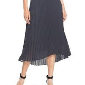 Grey Pleated WhiteHouse/BlackMarket Skirt